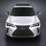 Lexus представила компактный кроссовер UX